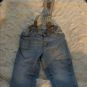 H and M jeans with suspenders